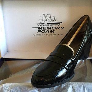 LifeStride Women's Jordyn Slip-on Loafer